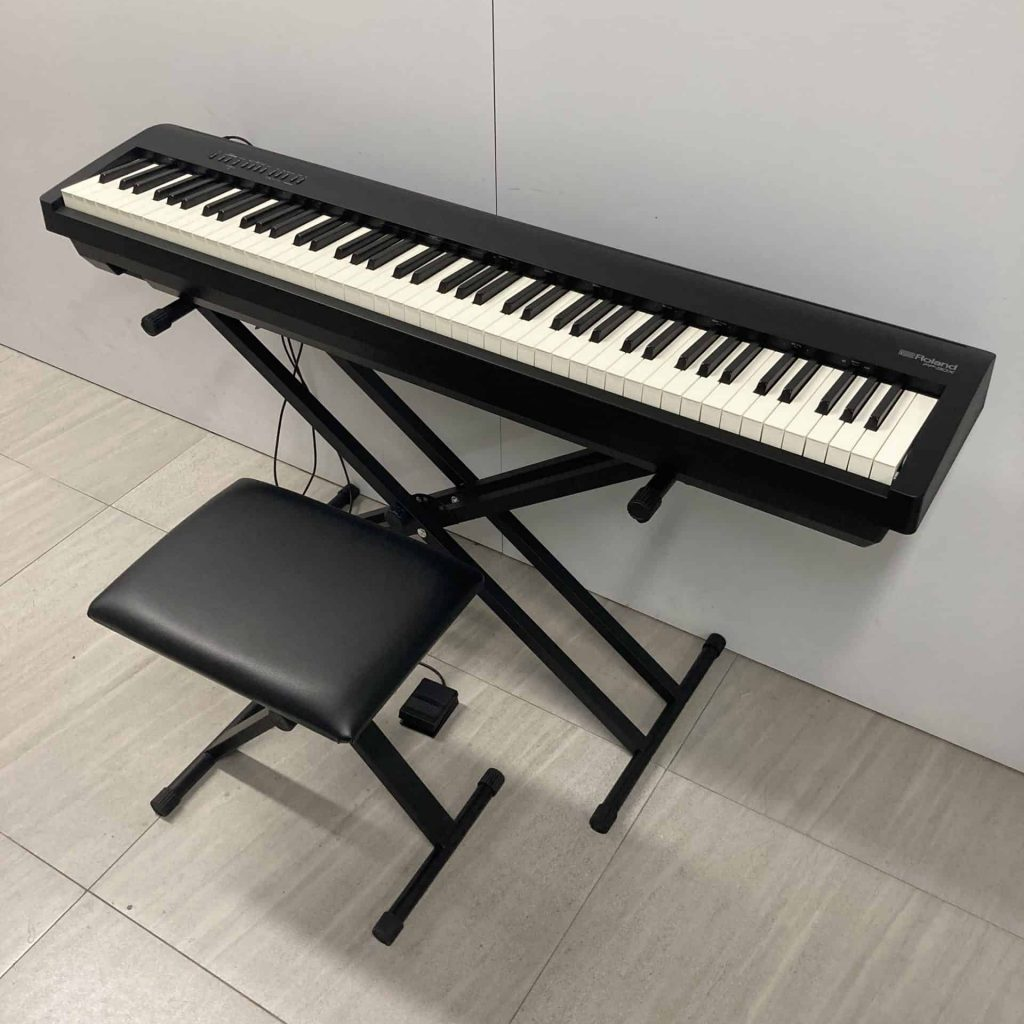 Roland FP30X - X stand and bench